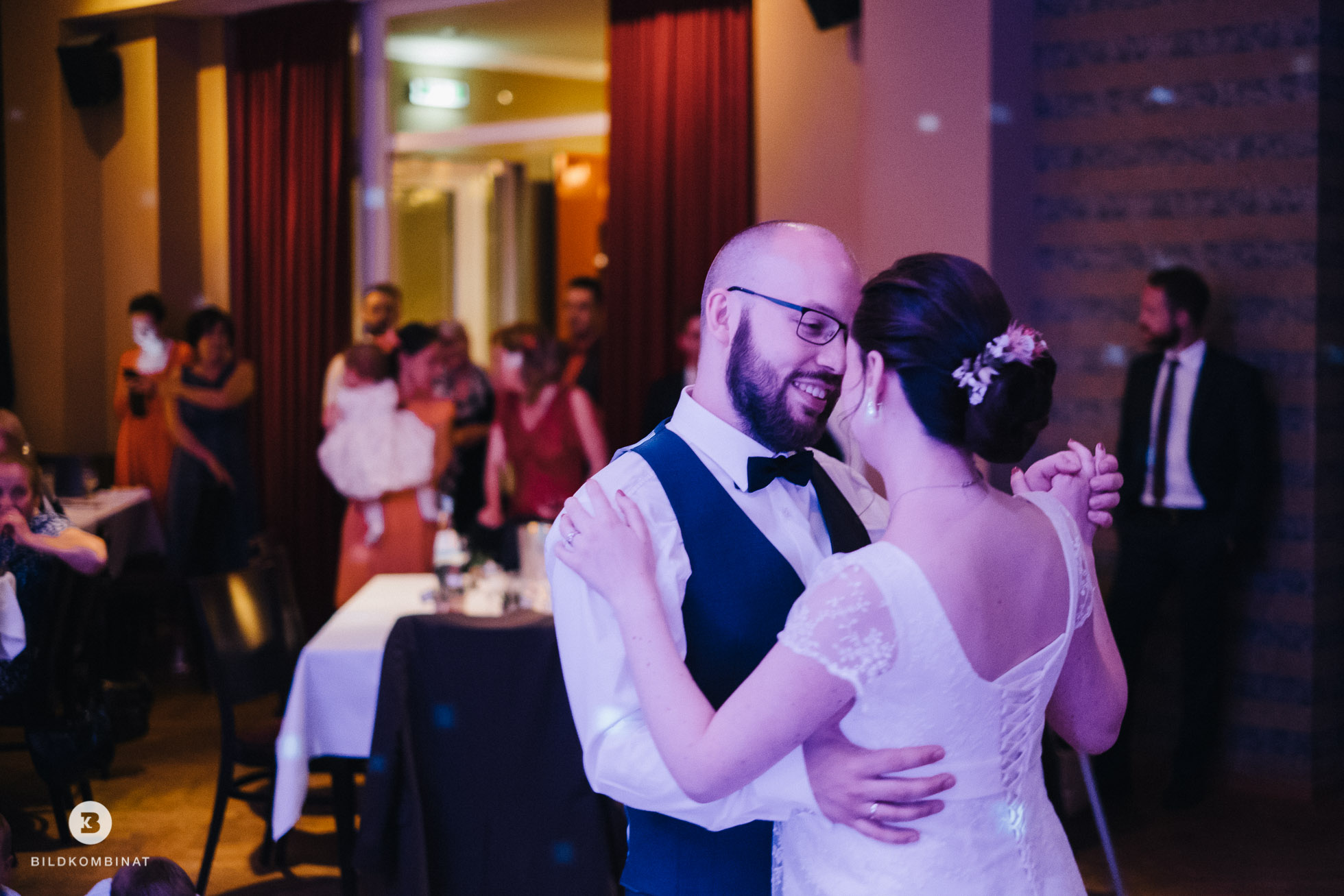Hochzeitstanz Braut und Bräutigam